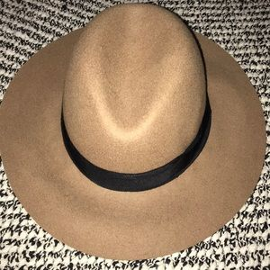 Oversized & Floppy Fedora Hat